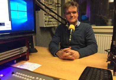 Kees Veerling in gesprek met Johan Laseur, de voorzitter van het 125 jarige Crescendo