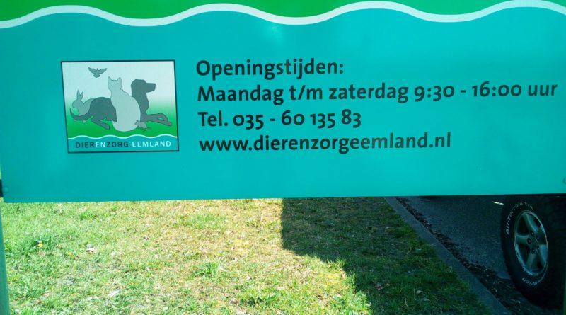 Barbara 't Hoen van Dierenzorg Eemland verteld dat er 10 gratis pensionplekken voor dag of bepaalde periode voor honden beschikbaar zijn