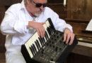 """Stormvogel, inmiddels bekend van het programma """"Jazz rond zes"""" op Baarn FM"""