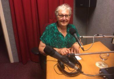 Ans van Egdom neemt na ruim 32 jaar afscheid van RTV Baarn